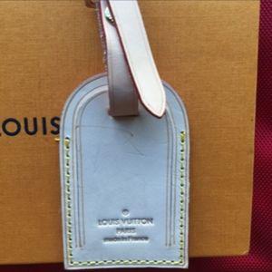 Louis Vuitton Bag tag